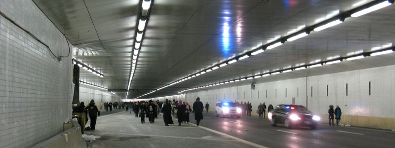 Tunnel blocked by police.